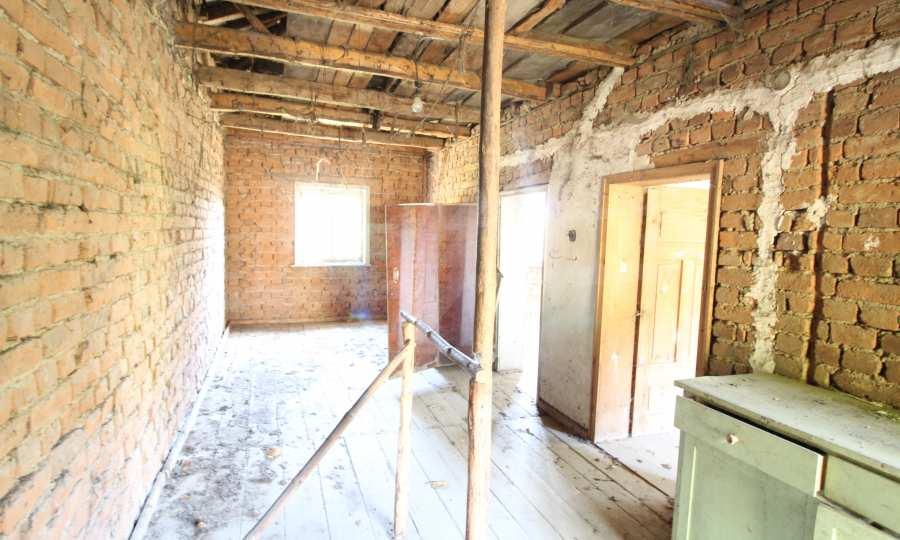 Zweistöckiges Haus im Dorf Obidim zu verkaufen 3