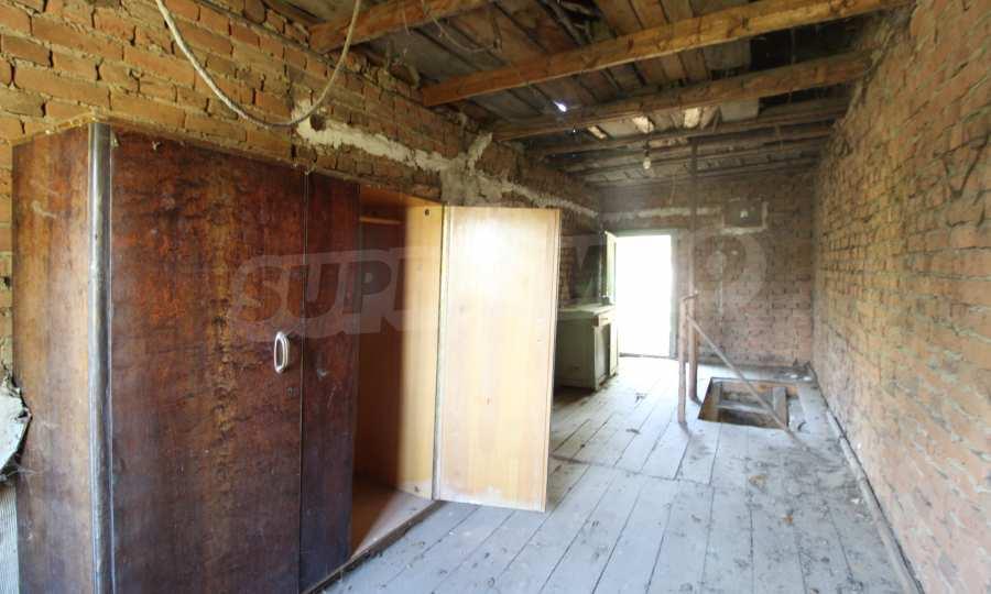 Zweistöckiges Haus im Dorf Obidim zu verkaufen 8