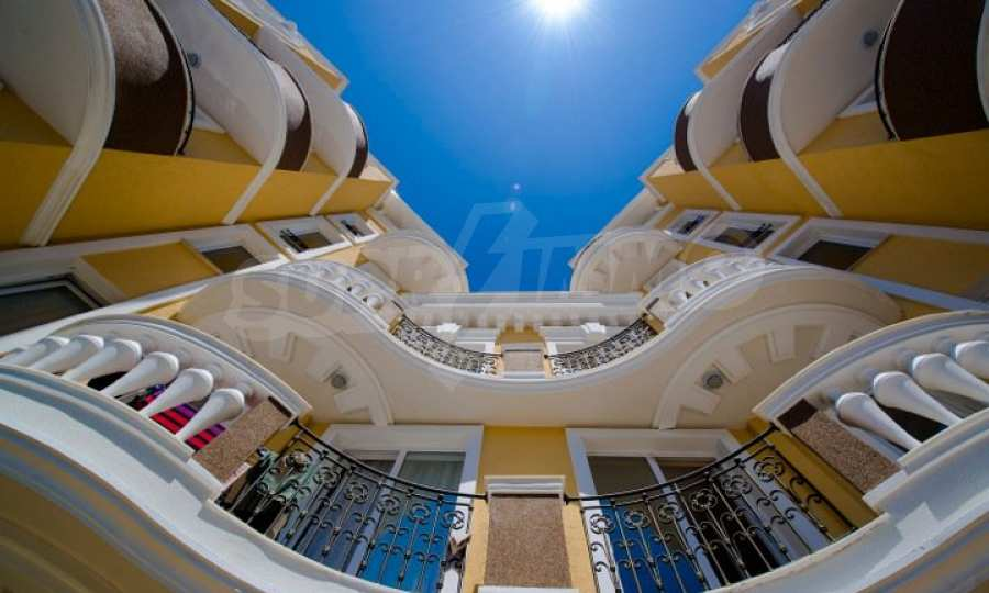 Letzte freie Apartments im Luxuskomplex Messembria Palace 7