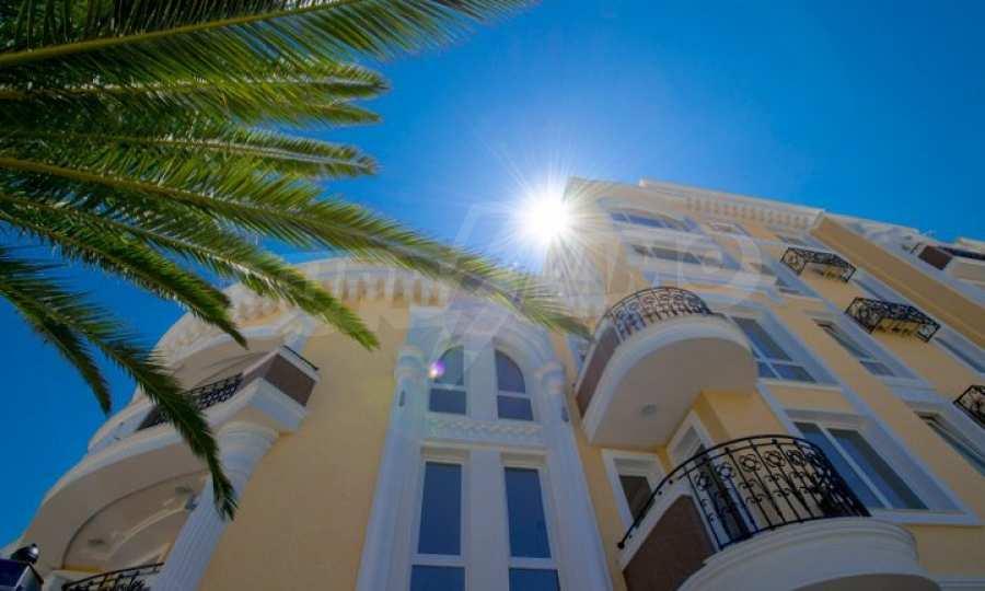Letzte freie Apartments im Luxuskomplex Messembria Palace 12