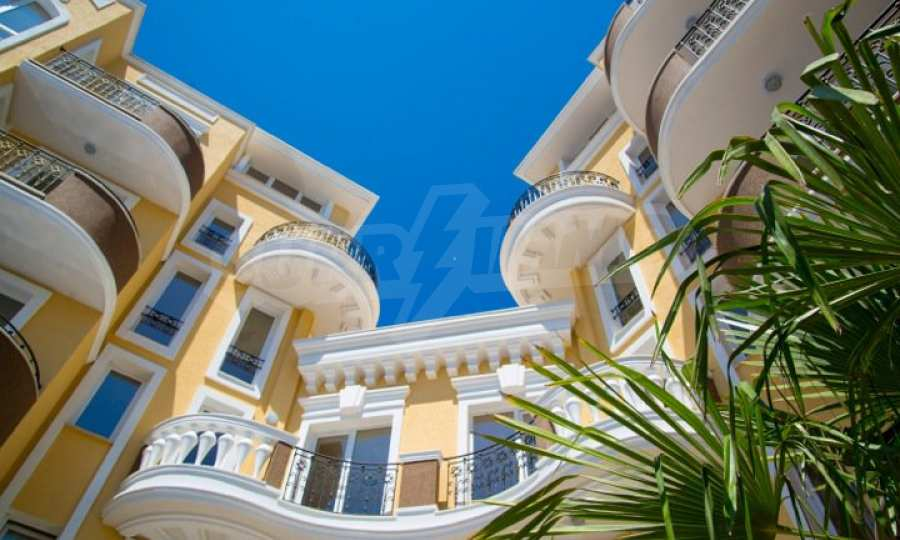 Letzte freie Apartments im Luxuskomplex Messembria Palace 23