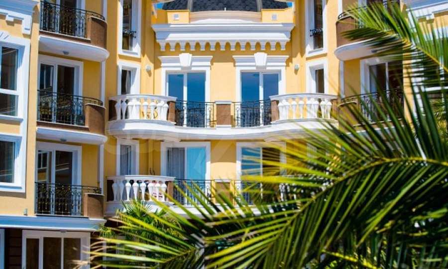 Letzte freie Apartments im Luxuskomplex Messembria Palace 24