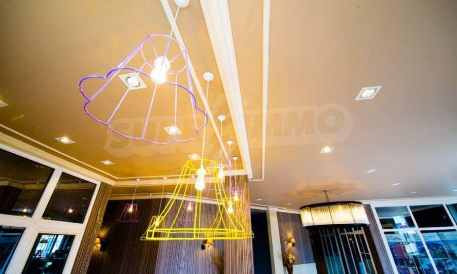 Letzte freie Apartments im Luxuskomplex Messembria Palace 34