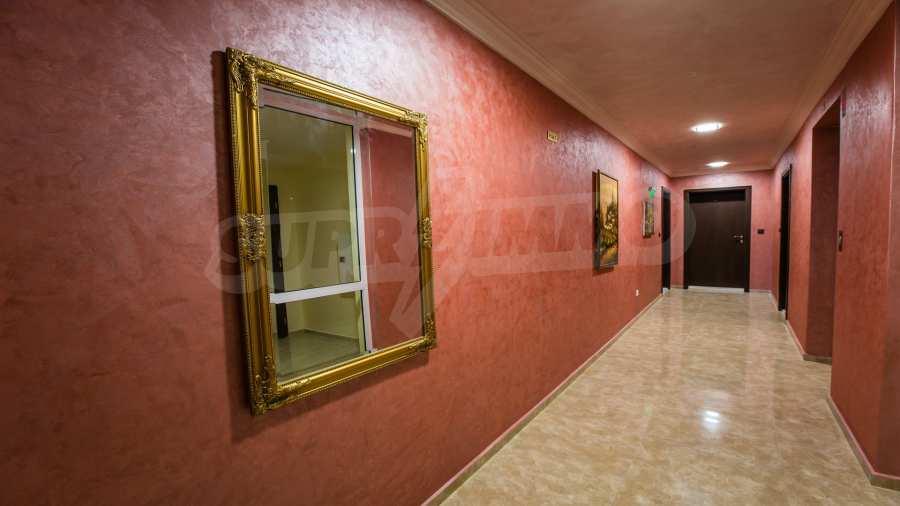 Apartments im Komplex Emilia Romana im Dorf Rawda 10