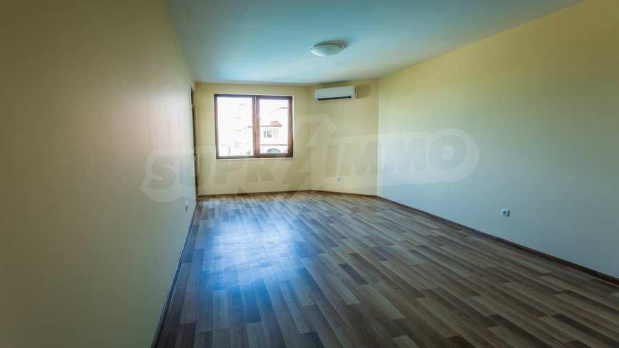 Apartments im Komplex Emilia Romana im Dorf Rawda 12