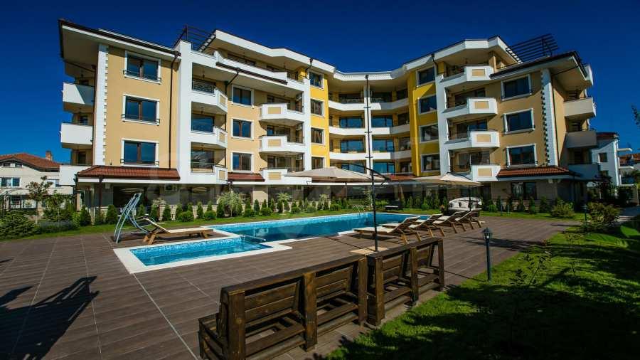 Apartments im Komplex Emilia Romana im Dorf Rawda 15