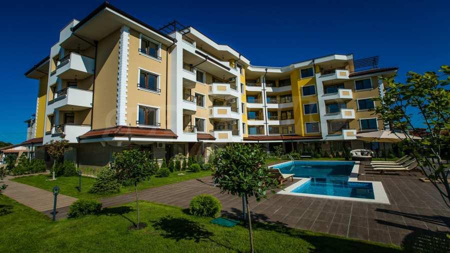 Apartments im Komplex Emilia Romana im Dorf Rawda 16