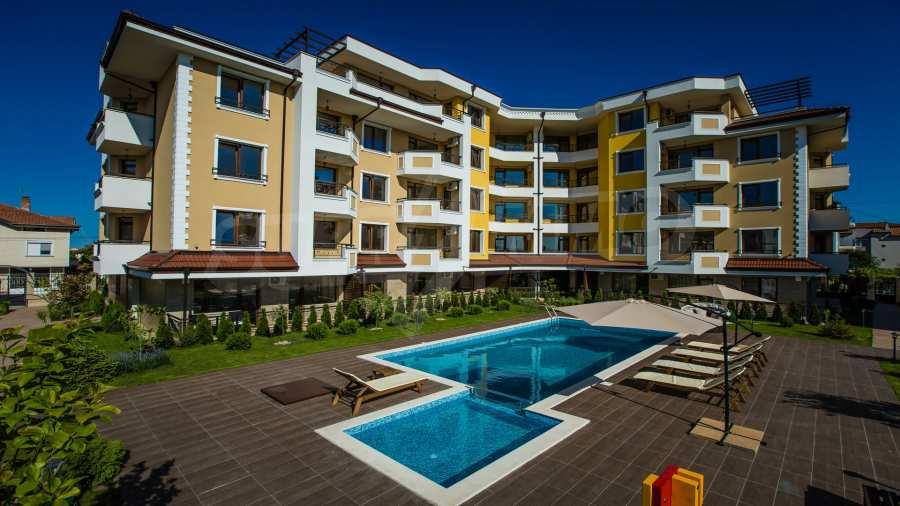 Apartments im Komplex Emilia Romana im Dorf Rawda 20