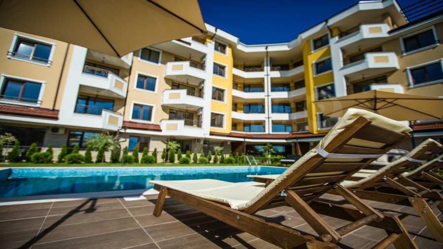 Apartments im Komplex Emilia Romana im Dorf Rawda 22