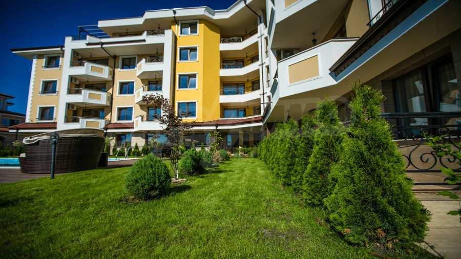 Apartments im Komplex Emilia Romana im Dorf Rawda 23