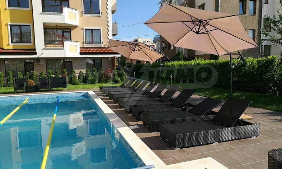 Apartments im Komplex Emilia Romana im Dorf Rawda 26