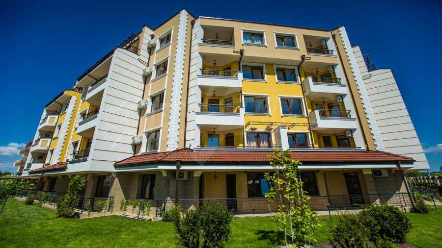 Apartments im Komplex Emilia Romana im Dorf Rawda 8