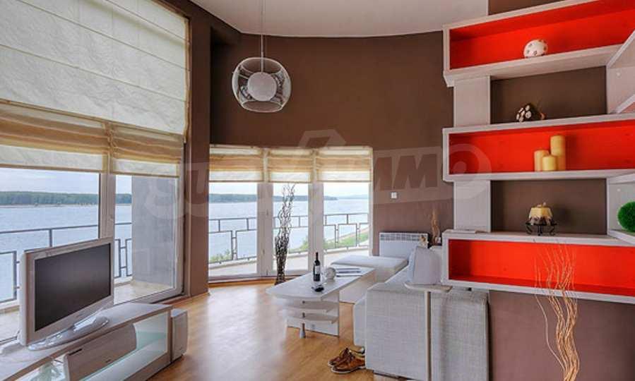 3-Raum-Apartment mit einer großen Dachterrasse