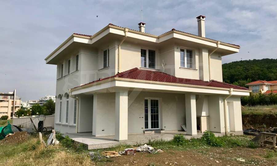 Zweistöckiges Neubau-Haus neben Koscharitsa und Sonnenstrand 1