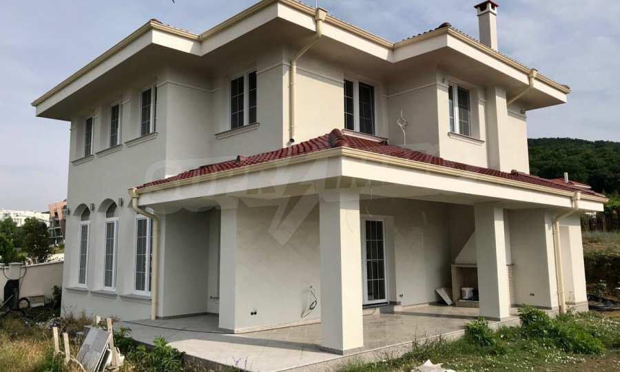 Zweistöckiges Neubau-Haus neben Koscharitsa und Sonnenstrand 2