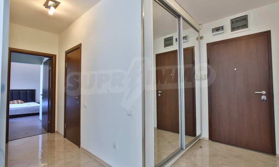 3-Raum-Apartment im geschlossenen Komplex Flora Park 9
