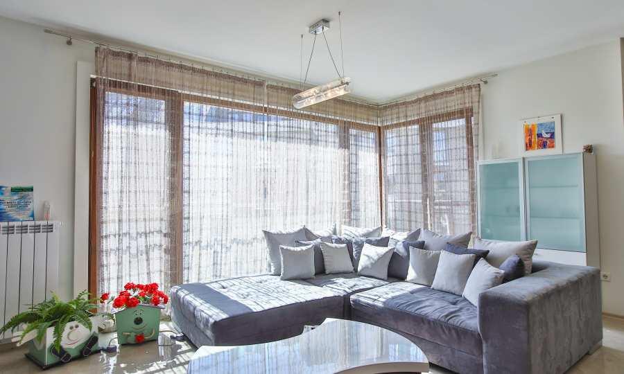 3-Raum-Apartment im geschlossenen Komplex Flora Park 1