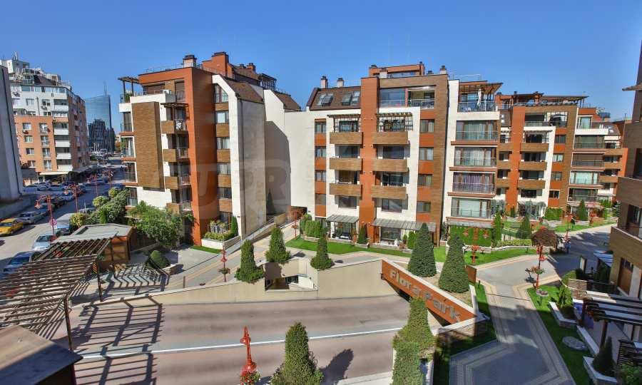 3-Raum-Apartment im geschlossenen Komplex Flora Park 20