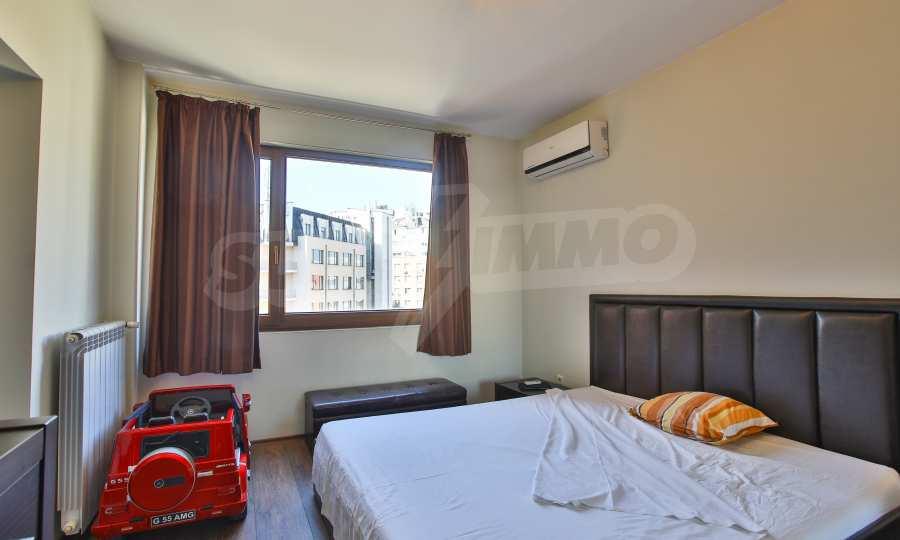 3-Raum-Apartment im geschlossenen Komplex Flora Park 6