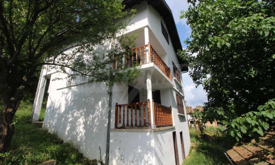 Renoviertes zweistöckiges Haus in einem Dorf, 10 km von Gabrowo entfernt 23