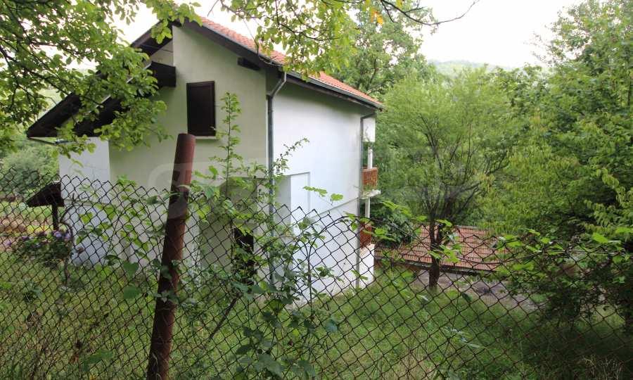 Renoviertes zweistöckiges Haus in einem Dorf, 10 km von Gabrowo entfernt 3