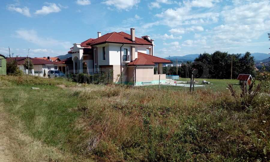 Plot of land with a top location in an elite district of Gabrovo
