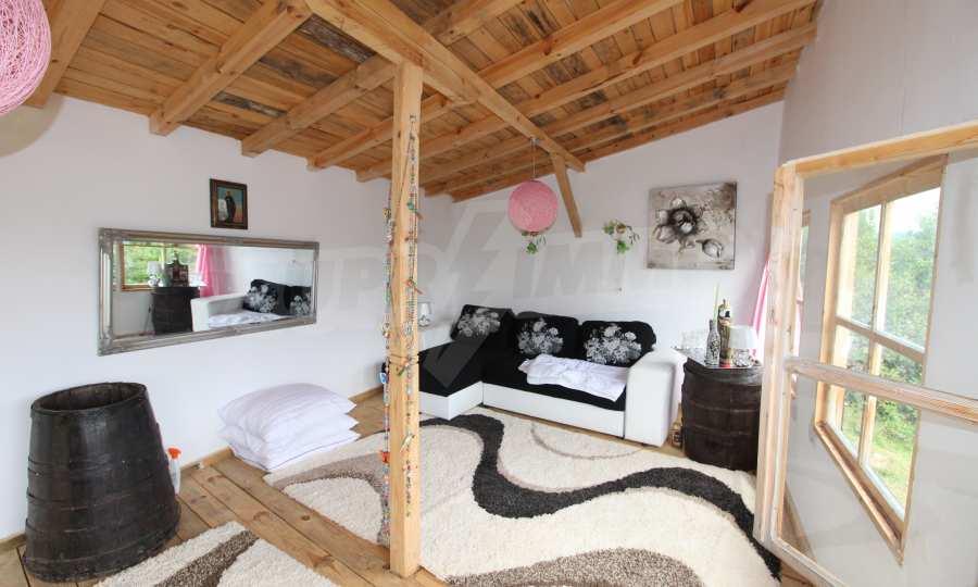 Kleine Villa im Gebirge, 18 km von der Stadt Elena entfernt 10