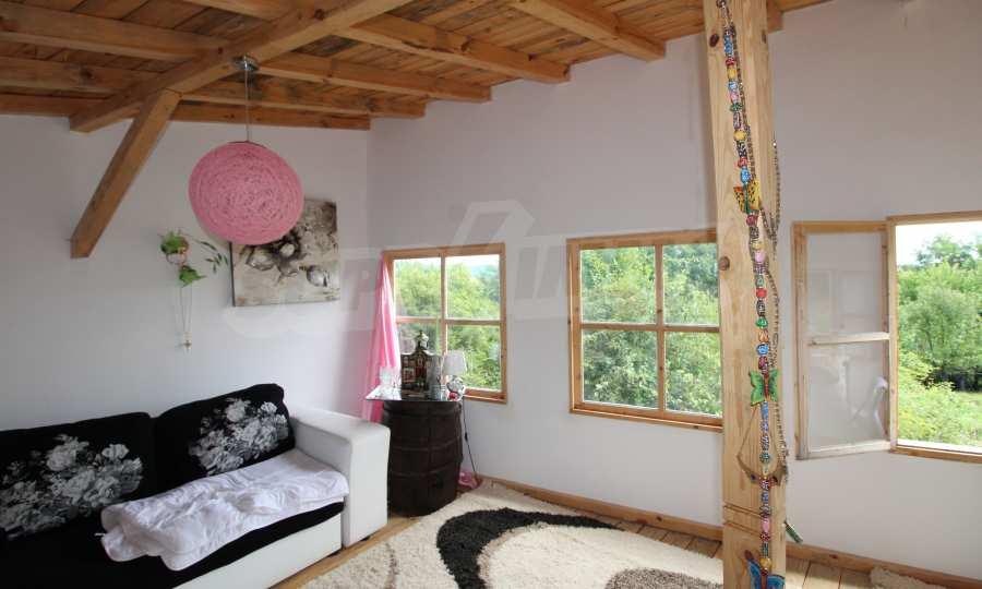 Kleine Villa im Gebirge, 18 km von der Stadt Elena entfernt 13