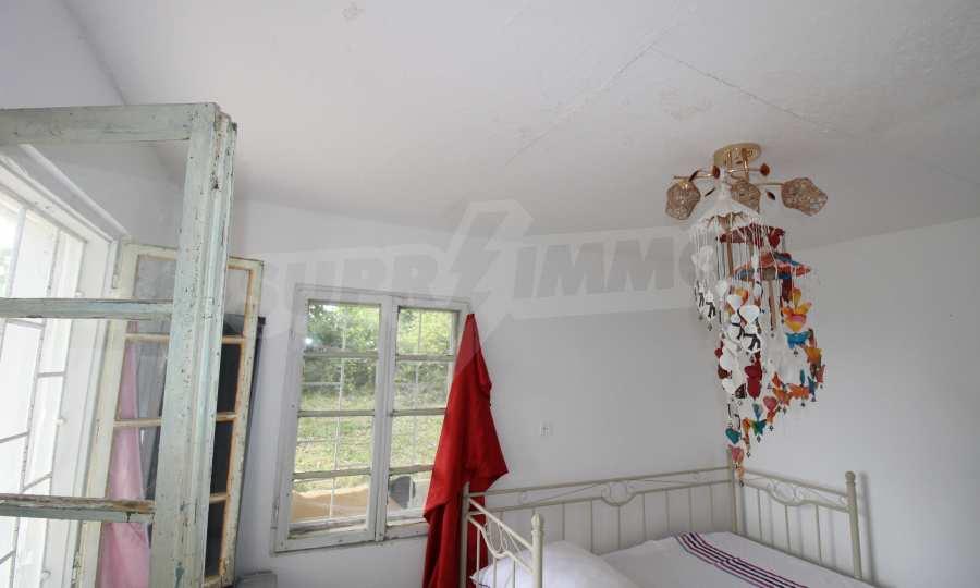 Kleine Villa im Gebirge, 18 km von der Stadt Elena entfernt 3