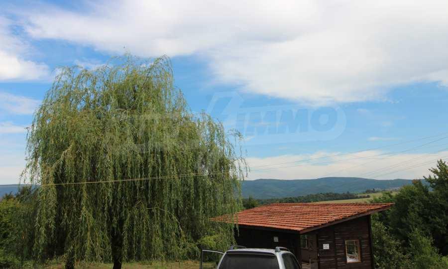 Kleine Villa im Gebirge, 18 km von der Stadt Elena entfernt 7
