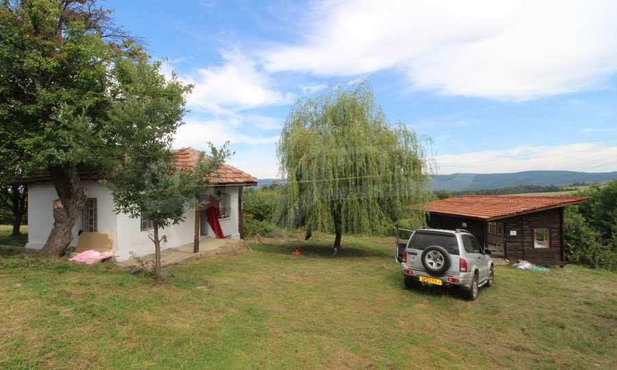 Kleine Villa im Gebirge, 18 km von der Stadt Elena entfernt 8
