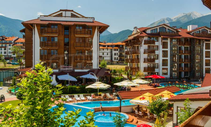 2-Raum-Apartment mit einer Terrasse und einer atemberaubenden Aussicht auf das Gebirge