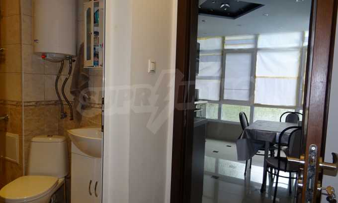 Komplett möbliertes 3-Raum-Apartment im Bezirk des Bahnhofs 6