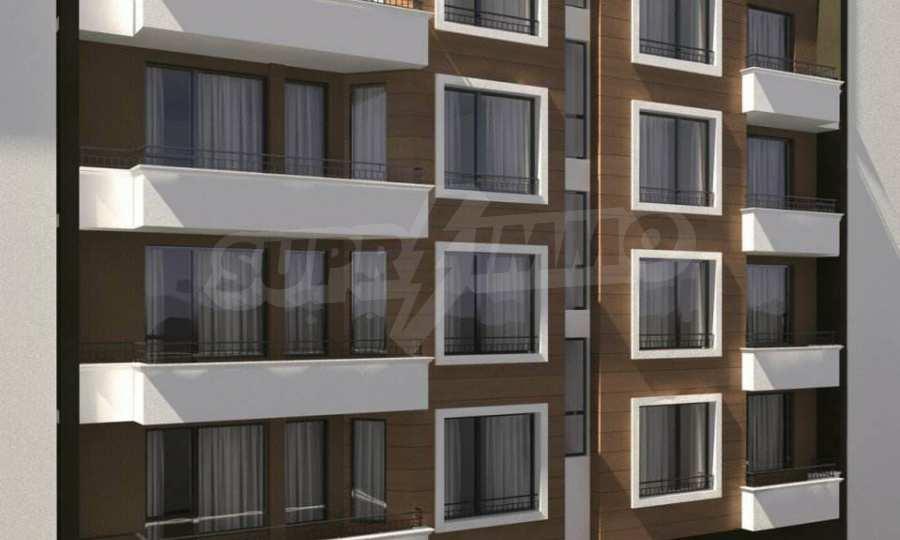 Funktionelle Wohnungen im Neubau-Gebäude im Stadtteil Lasur