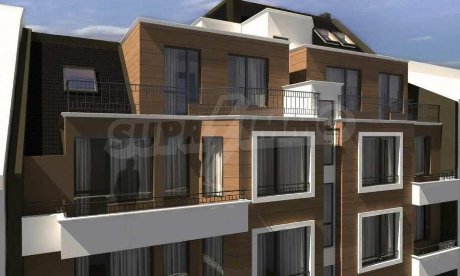 Funktionelle Wohnungen im Neubau-Gebäude im Stadtteil Lasur 4