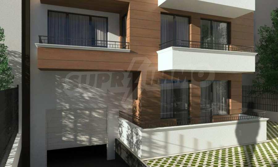 Funktionelle Wohnungen im Neubau-Gebäude im Stadtteil Lasur 6