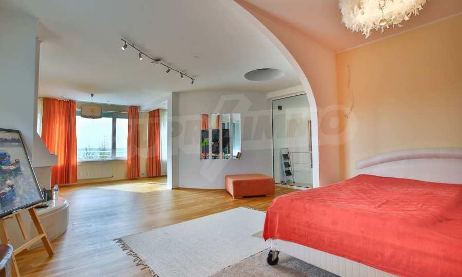 Stilvolles Haus Art Deco mit Infinity-Schwimmbad und einer unendlichen Meeraussicht 17