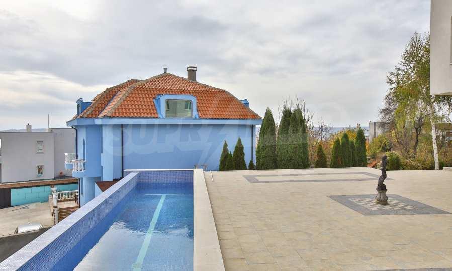 Stilvolles Haus Art Deco mit Infinity-Schwimmbad und einer unendlichen Meeraussicht 27