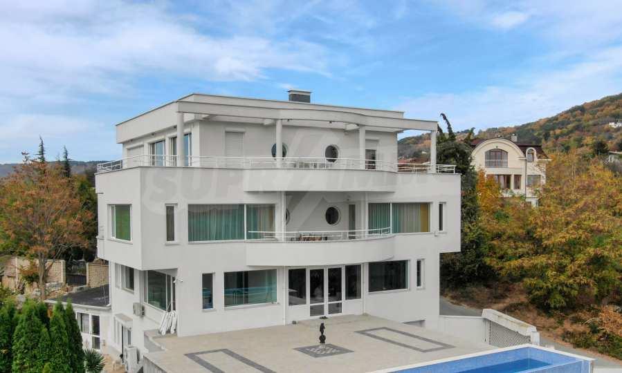 Stilvolles Haus Art Deco mit Infinity-Schwimmbad und einer unendlichen Meeraussicht 33