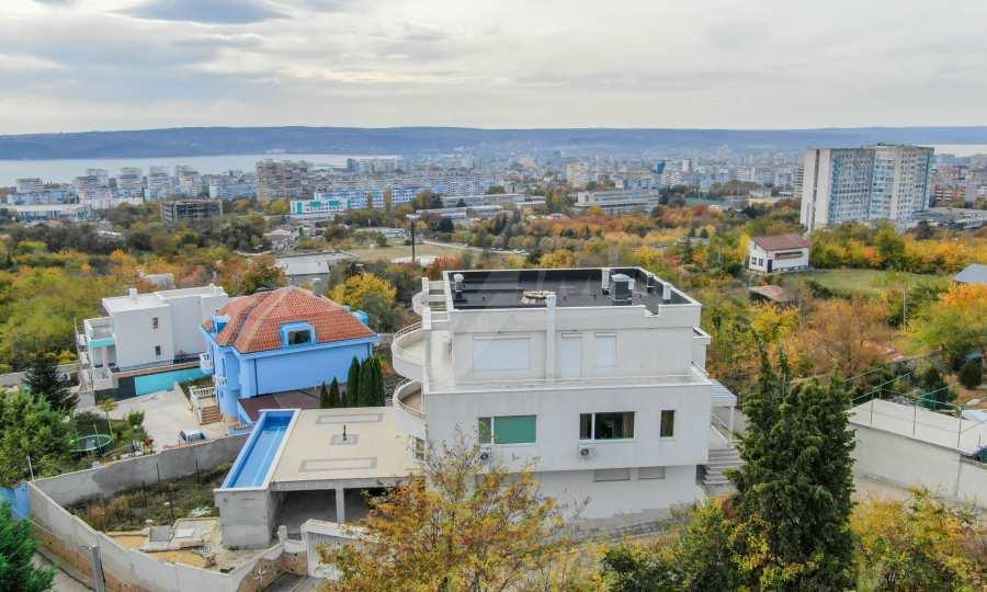 Stilvolles Haus Art Deco mit Infinity-Schwimmbad und einer unendlichen Meeraussicht 34