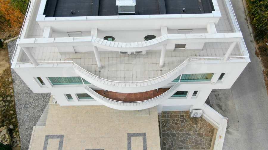 Stilvolles Haus Art Deco mit Infinity-Schwimmbad und einer unendlichen Meeraussicht 37