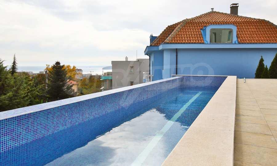 Stilvolles Haus Art Deco mit Infinity-Schwimmbad und einer unendlichen Meeraussicht 3