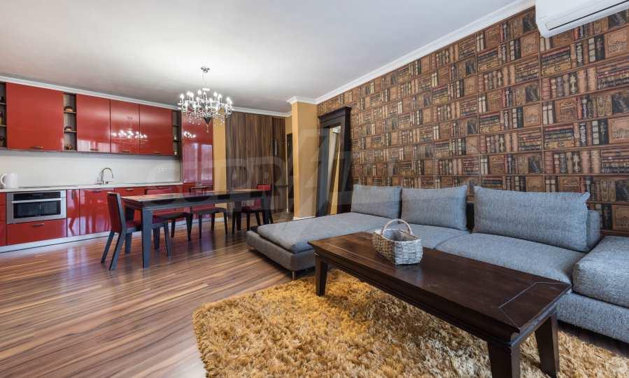 Luxuriös möbliertes 2-Raum-Apartment im Stadtteil Bris, Warna 2