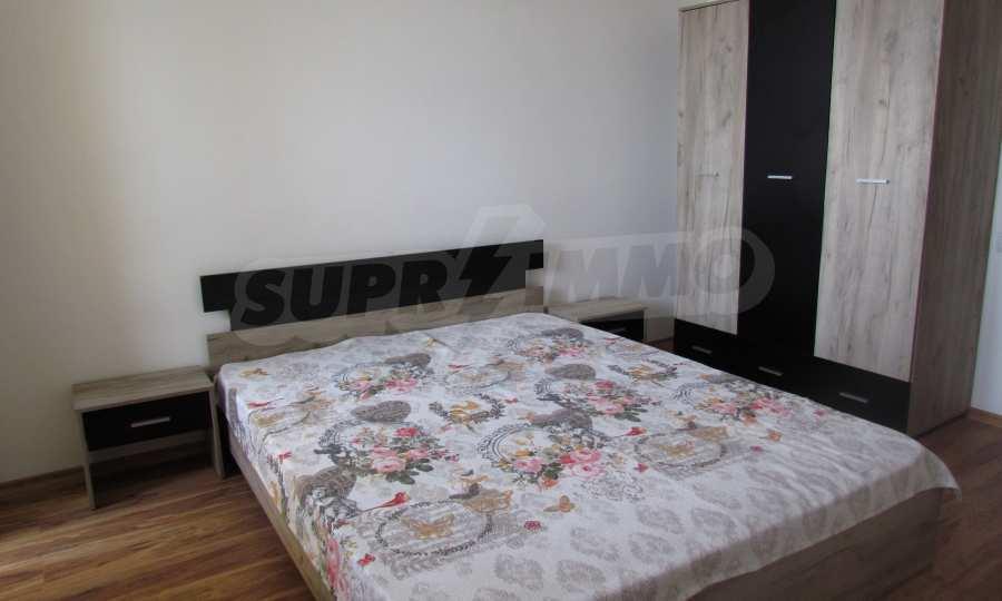 Breites 3-Raum-Apartment im Komplex in der Stadt Byala, Gemeinde Warna 12