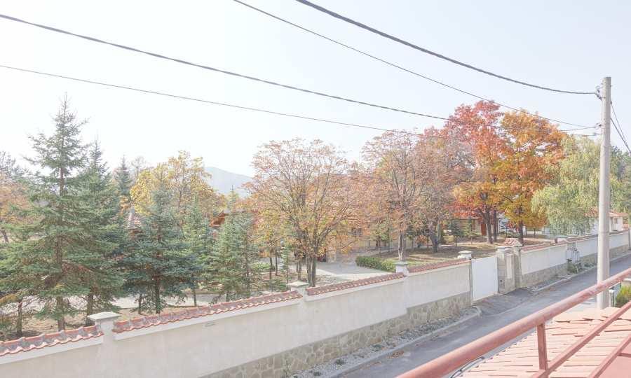 Haus mit Panorama-Aussicht in Bankya 3