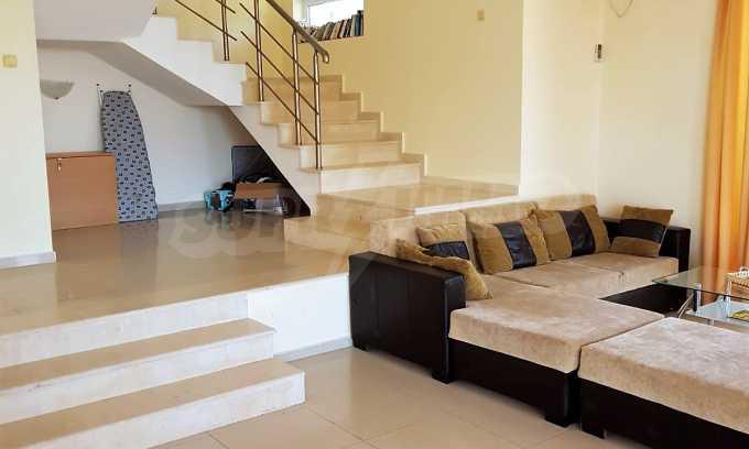 Schönes Haus mit Hof und Panorama-Aussicht auf Meer in Sweti Wlas  10