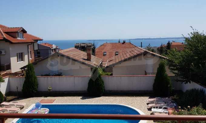 Schönes Haus mit Hof und Panorama-Aussicht auf Meer in Sweti Wlas  4