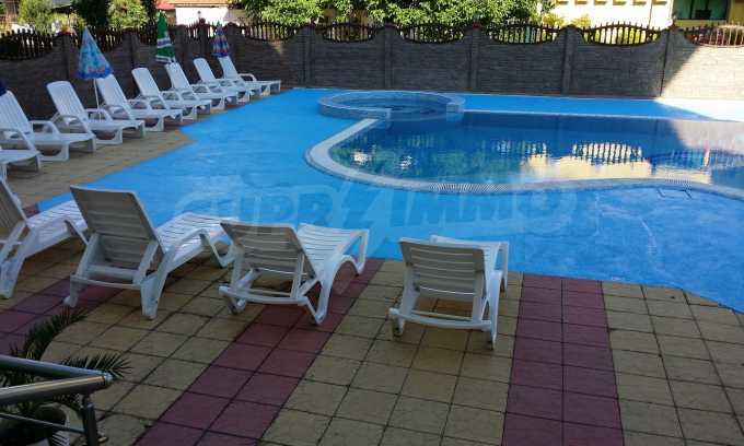 Komplett ausgestattetes Familienhotel in Rawda zu verkaufen 2