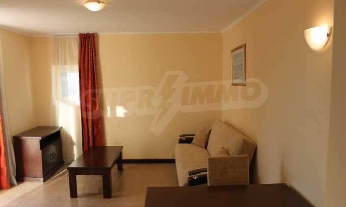 2-Raum-Apartment in einem Prestige-Komplex in erster Meereslinie in Pomorie 1