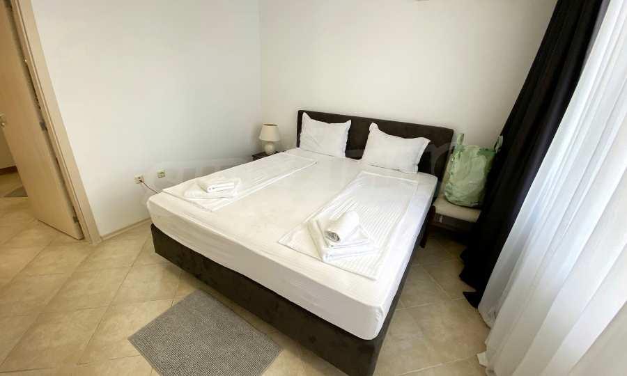 3-Raum-Apartment in der Nähe vom Strand im Komplex Emberli in Lozenets 17